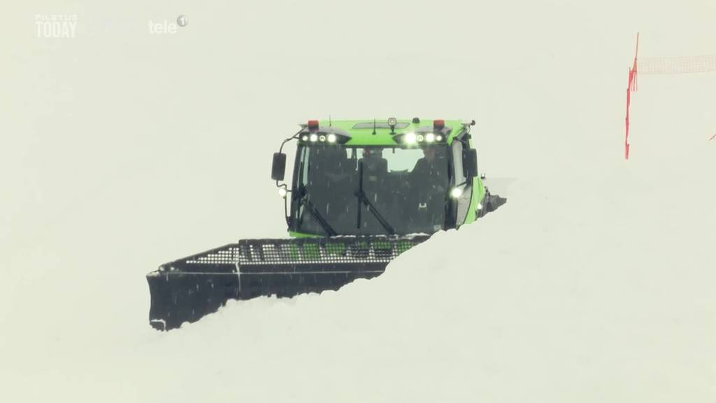 In Andermatt fährt der erste grüne Pistenbully
