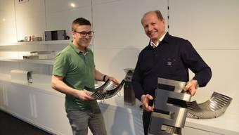 Fabian Berchtold, Profitcenter-Leiter (links) und Inhaber Josef Nietlispach sind stolz auf die Produkte der Nepro AG, 100-prozentig schweizerisch.