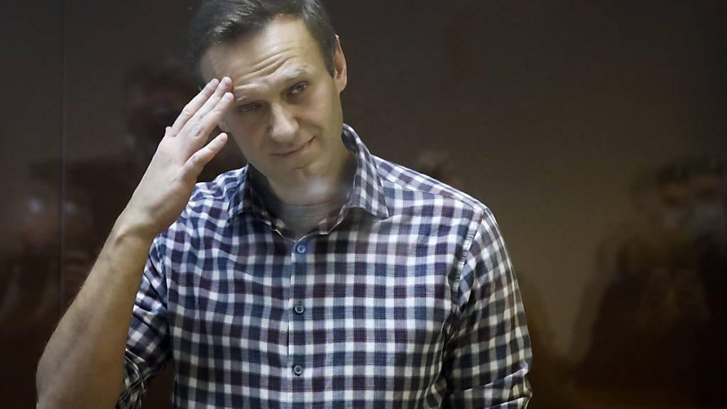 Kremlgegner Nawalny tritt in Hungerstreik und fordert Hilfe von Arzt