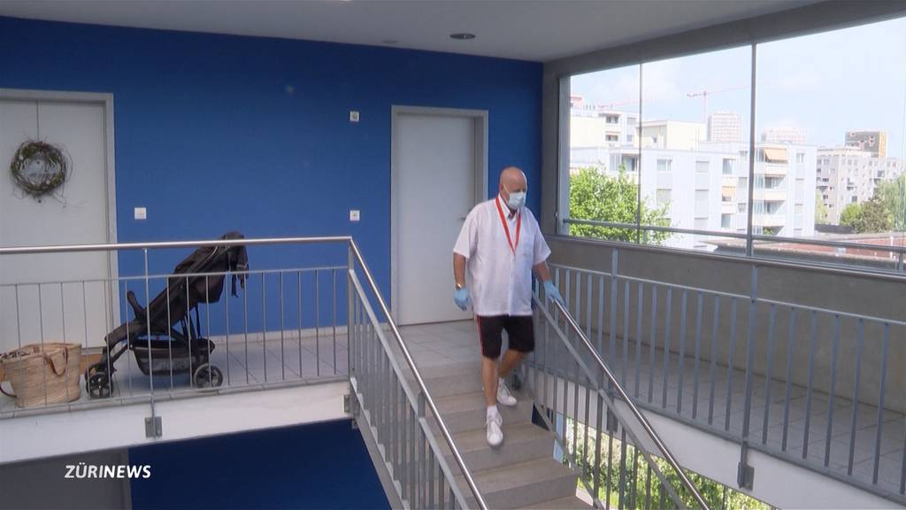 66-Jähriger meistert Mount-Everest-Besteigung beim Treppenlaufen