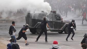 Erneute Proteste und Ausschreitungen in Chile.