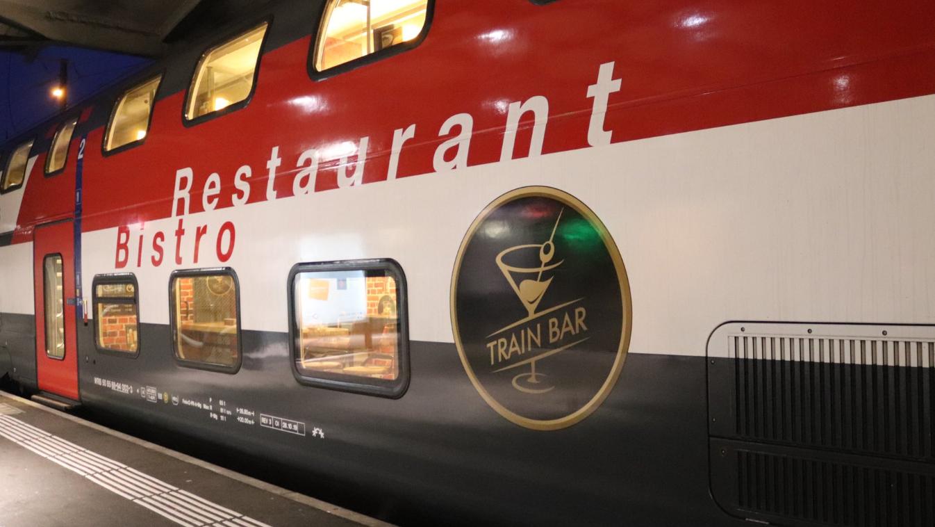 Die neue «Train Bar» verkehrt zwischen Romanshorn und Brig.