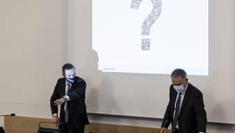 Hier Gesundheitsdirektor Jean-Pierre Gallati (l.) und Bildungsdirektor Alex Hürzeler am 29. Oktober 2020.