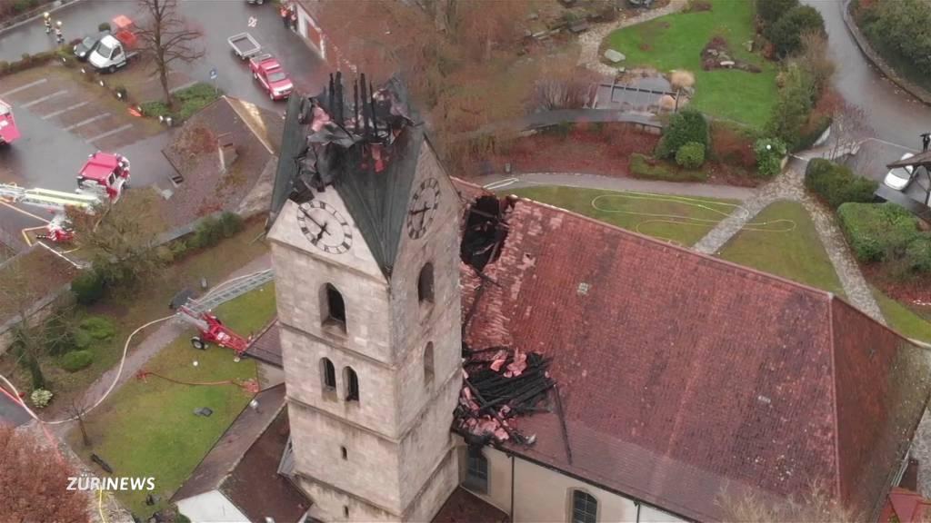 Herzogenbuchsee: Kirchturmspitz bei Brand abgebrochen