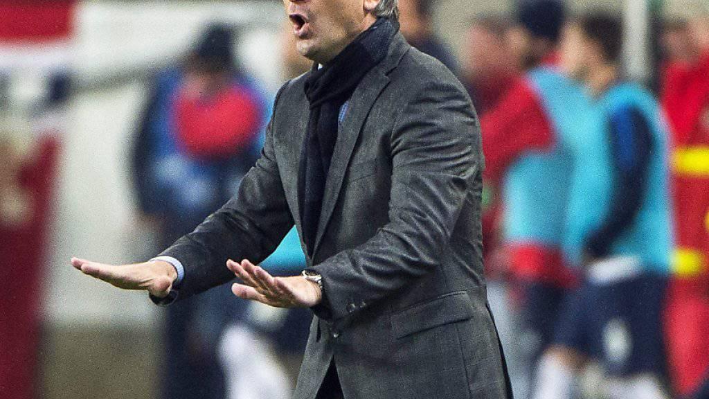 Bernd Storck gibt den ungarischen Spielern bis 2018 Anweisungen