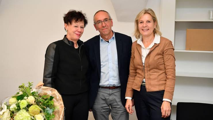 Die ehemalige Regierung srätin Esther Gassler (l.) hat das Präsidium an ihre Nachfolgerin Brigit Wyss übergeben. Kurt Boner bleibt Vizepräsident.