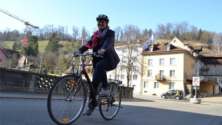 az-Praktikantin Michelle Cechmanek: «Ich kann es jedem empfehlen, aufs Fahrrad (um)zusteigen.»