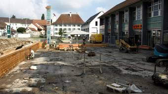 Der zweigeschossige Coop-Neubau soll die Sicht auf das Kornhaus (im Hintergrund) nicht verdecken. HUG