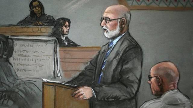 """James """"Whitey"""" Bulger (rechts) während des Prozesses in Boston."""