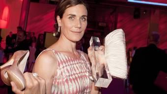Nina Kunzendorf wird mit der Goldenen Kamera ausgezeichnet