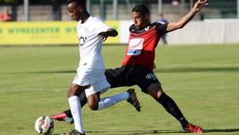 Carlinhos hat sich auf dem Platz bereits eingelebt - hier im Spiel gegen Rapperswil-Jona.
