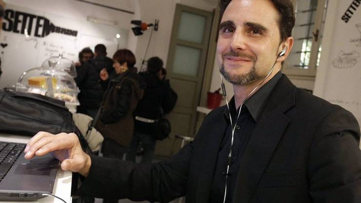 Der mutmassliche Bankdatendieb Hervé Falciani ist am Montag nicht vor dem Bundesstrafgericht in Bellinzona erschienen. Der Prozess wird nun auf den 2. November vertagt. (Archivbild)