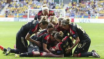 Deutschlands Frauen feiern den Einzug in den EM-Final