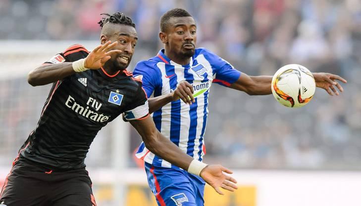 Gegen Hertha macht Djourou jüngst mit einer neuen Frisur auf sich aufmerksam. Die ständigen Frisurenwechsel bei ihm seien ebenfalls typisch afrikanisch.