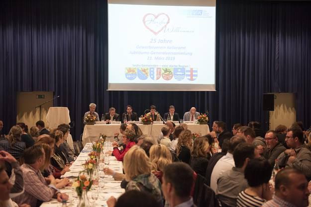 """130 Gewerblerinnen, Gewerbler und Gäste nahmen an der Jubiläums-GV """"25 Jahre GVK"""" teil."""