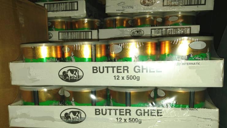Die sichergestellte Ghee-Butter.