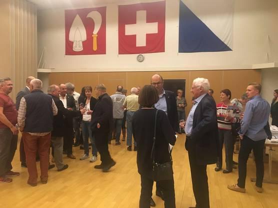 Gut besuchter Anlass. Viele interessante Gespräche mit den Kandidaten und Kandidatinnen.