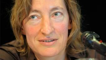 Ruth Schweikert eröffnet die Saison im Literaturhaus Basel.