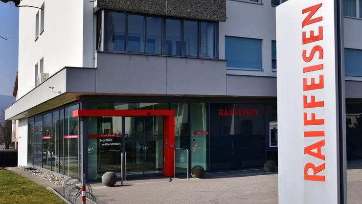 Die Raiffeisenbank Däniken-Gretzenbach wurde heute Vormittag überfallen.
