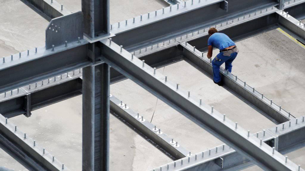 Der Boom in der Schweizer Baubranche hält vorerst an. (Symbolbild)