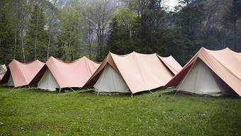 Zelte von Pfadfindern anlässlich eines Pfingstlagers in Kandersteg. (Archivbild)