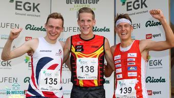 Matthias Kyburz (r.) läuft auf den dritten Rang.