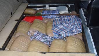 40 Kilogramm Marihuana fand die Grenzwache Basel in einem Fahrzeug mit doppeltem Boden.