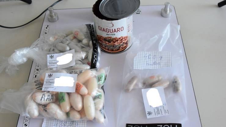 Die Drogen wurden beim Grenzübertritt in die Schweiz gefunden.