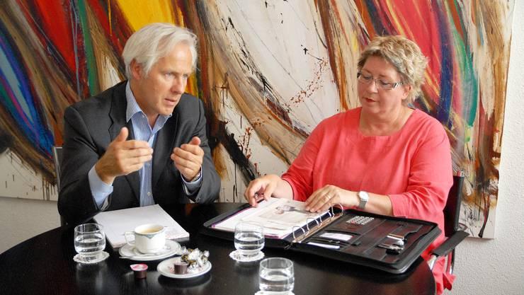 Marc Pfirter, Direktor des Regionalen Pflegezentrums Baden, wehrt sich gegen die Kritik von Daniele Oehrli.
