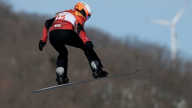Lara Casanova wird im Final der Snowboardcrosser mit dabei sein (Archiv)