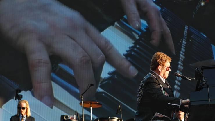 Elton John blickt auch auf dunkle Kapitel zurück: «Ich war süchtig.»