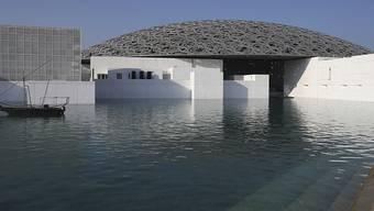 ARCHIV - Der Louvre Abu Dhabi ist wieder für Besucher geöffnet worden. Foto: Kamran Jebreili/AP/dpa