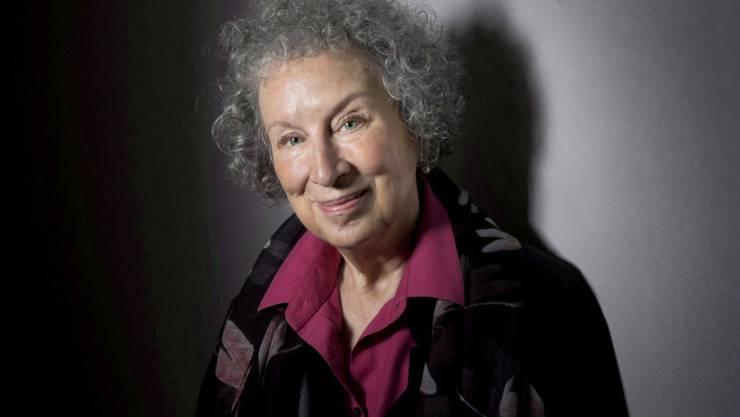 """Margaret Atwood stelle """"immer wieder ihr politisches Gespür und ihre Hellhörigkeit für gefährliche unterschwellige Entwicklungen und Strömungen"""" unter Beweis, findet der Börsenverein des Deutschen Buchhandels. (Archivbild)"""