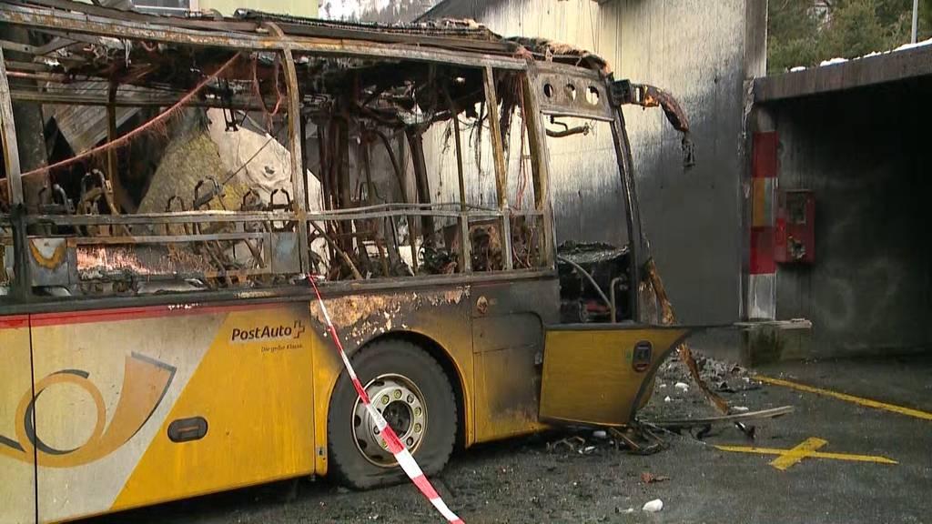 Chur: Kurzschluss war schuld an Postauto-Garagenbrand