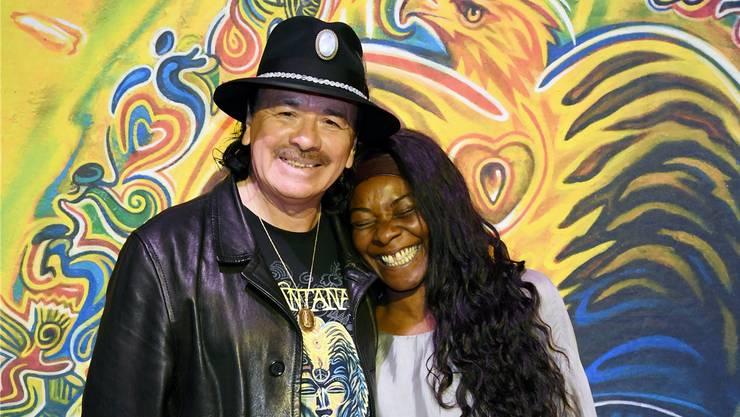Carlos Santana und Sängerin Buika, die auf seinem neuen Album eine wichtige Rolle spielt.