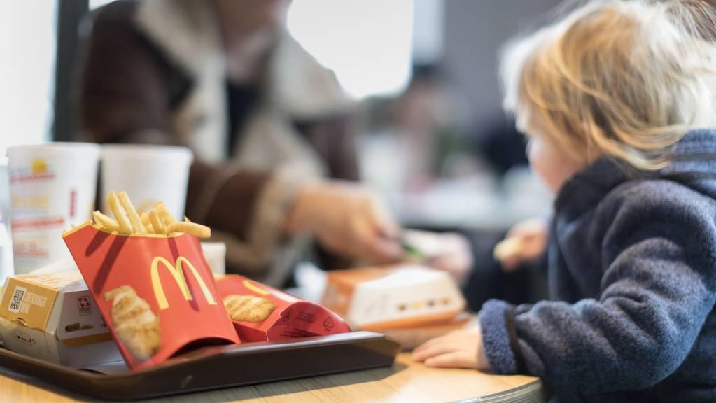 Die dritte Bündner McDonalds-Filiale soll noch vor Ende 2021 eröffnen. (Symbolbild)