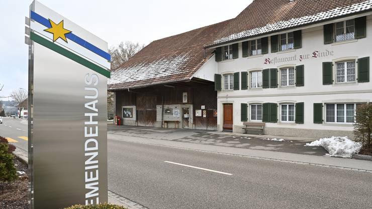 Die Gemeinde will die Liegenschaft «Linde» gleich vis a vis des Gemeindehauses gelegen kaufen. Absicht: Die «Linde» soll Restaurant bleiben.