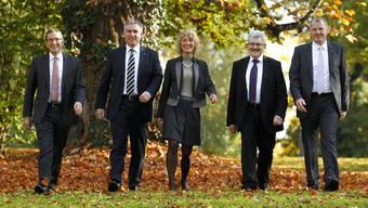Der bisherige Regierungsrat: Urs Hofmann, Alex Hürzeler, Susanne Hochuli, Roland Brogli und Stephan Attiger. (v.l.n.r.)
