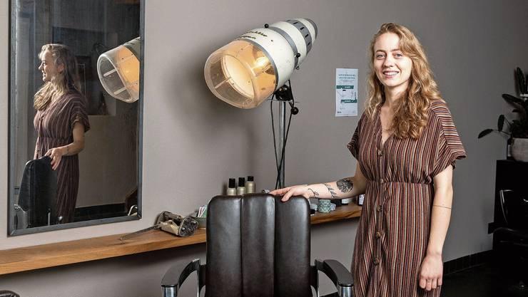 Sarina Schmid betreibt in Brugg seit November 2019 ihren Coiffeursalon «Zäme».
