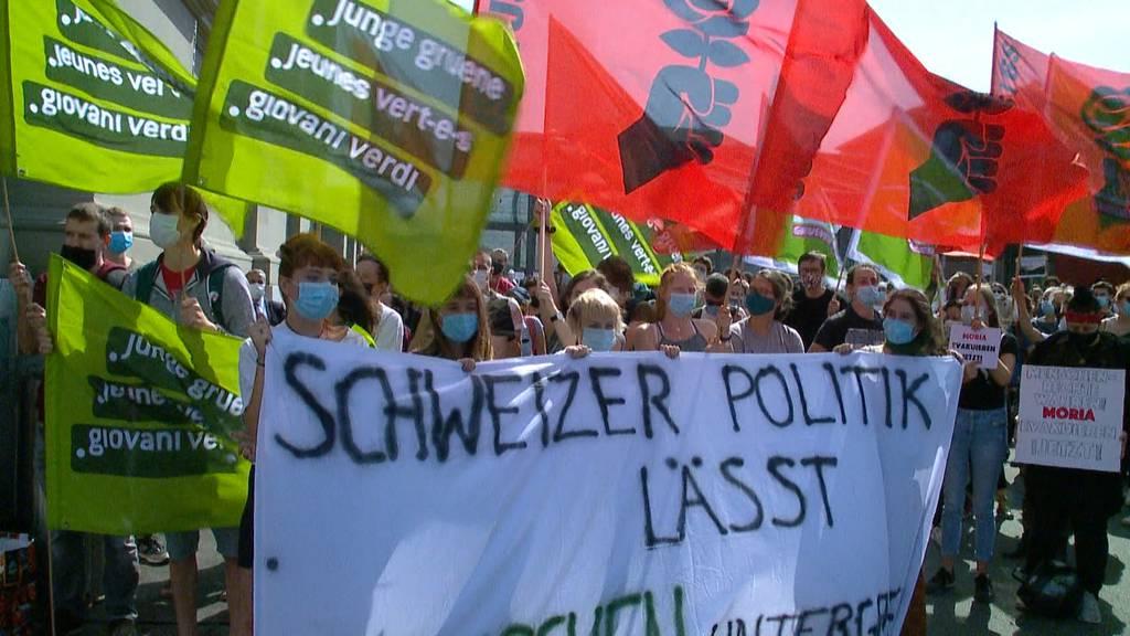 Acht Schweizer Städte wollen Flüchtlinge aus Moria aufnehmen