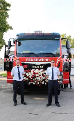 Der neue Kommandant Tobias Weidmann (li.) mit dem abtretenden Kommandanten Roman Kissling