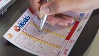 Beim Joker-Spiel hat am Mittwoch ein Mitspieler einen Millionengewinn einstreichen können. Im Swiss Lotto dagegen liegen bereits 28,1 Millionen Franken im Jackpot.  (Archivbild)