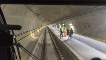 Die Vorbereitungen für die Feste rund um die ersten Zugfahrten durch den neuen Gotthard-Basistunnel laufen bereits. (Archivbild)