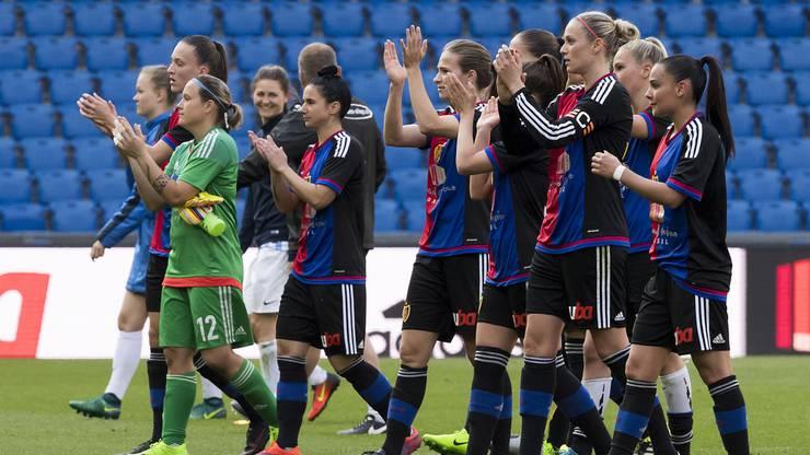 Der FCB bedankte sich nach dem Spiel noch bei den Fans.