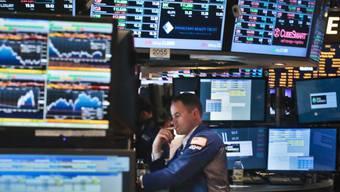 Ein Händler bei der Arbeit an der Börse in New York. (Archivbild)