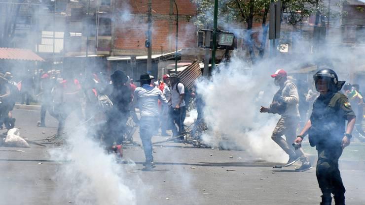 Bolivien kommt nach dem umstrittenen Wahlentscheid, Evo Morales erneut zum Präsidenten ohne Stichwahl zu bestimmen, nicht zur Ruhe.