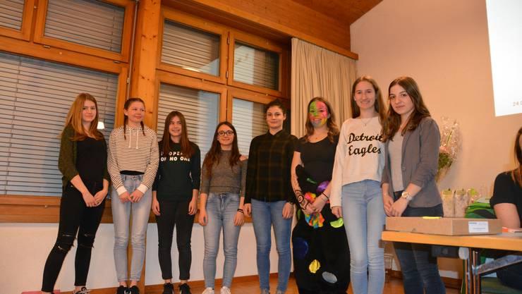 Die neuen Mitturnerinnen der Damenriege Lommiswil