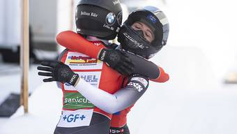 Freude über einen feinen 4. Platz: Martina Fontanive und Nadja Pasternack