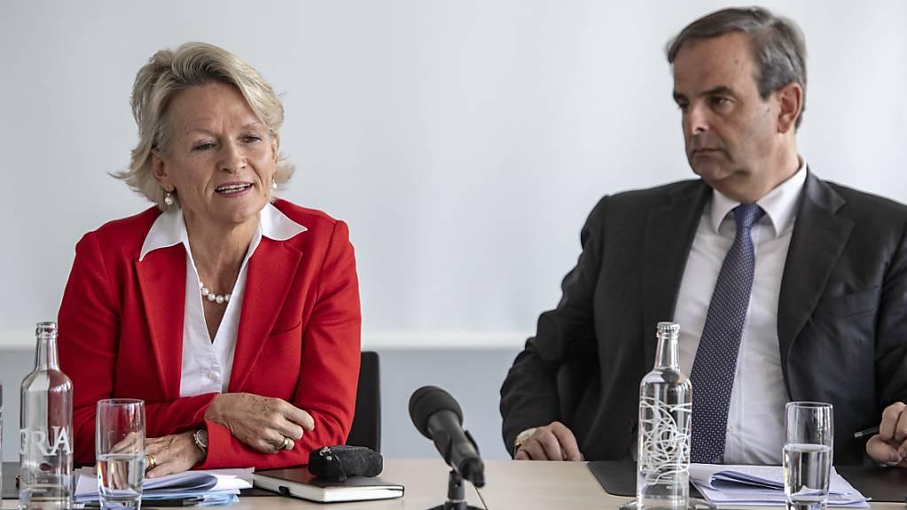 Der Mitte-Parteipräsident Gerhard Pfister und die Fraktionschefin Andrea Gmür haben kein Verständnis dafür, dass ihr Parteikollege Alois Gmür an einem verbotenen Fasnachtsumzug in Einsiedeln SZ teilgenommen hat. (Archivbild)