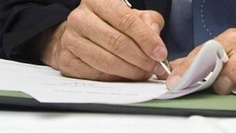 Nur gut die Hälfte der elf früheren Regierungsmitglieder hat den geplanten Leserbrief unterzeichnet. (Symbolbild)